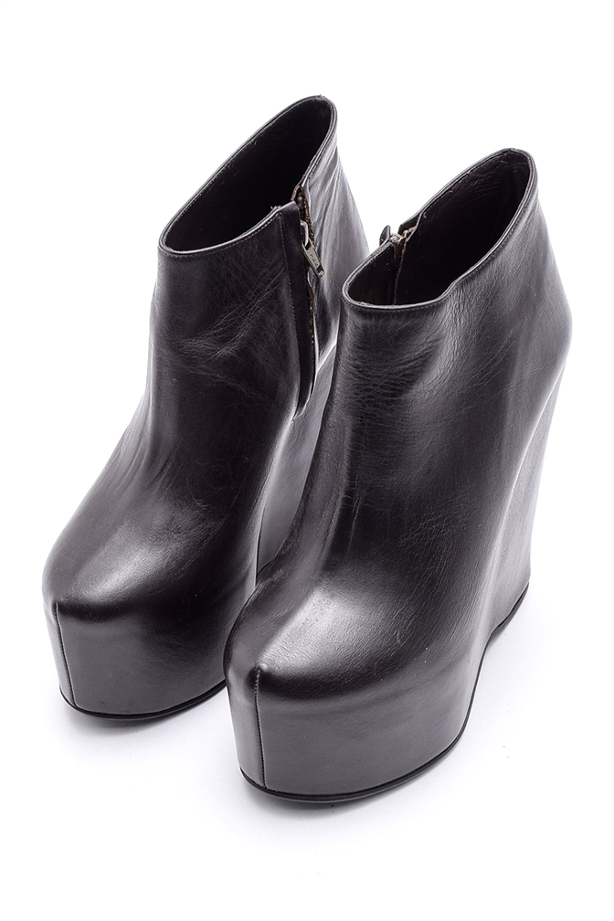 SEI WEDGE BOOTS